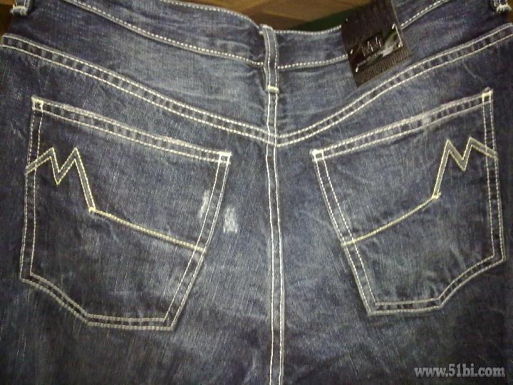纽扣牛仔裤 独一无二