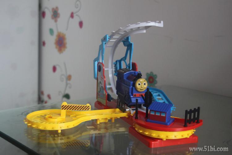 9.9元秒杀的托马斯电动小火车
