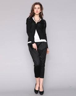 长袖黑色毛衫
