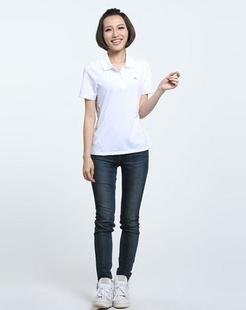 白色简洁短袖POLO衫