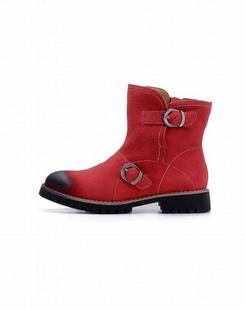 女款红色中筒雪地靴