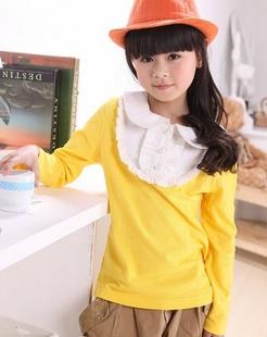 女童黄色针织衫