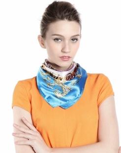 女款蓝色车水马龙时尚印花方巾