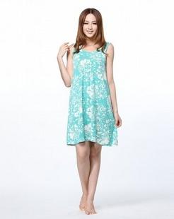 印花嫩绿色背心裙