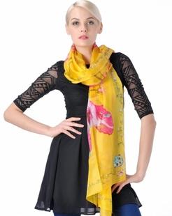 女款黄色真丝围巾披肩