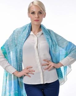 女款淡蓝色时尚真丝围巾披肩