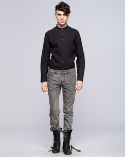 黑色简约经典长袖衬衫