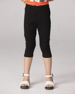 女童黑色中裤