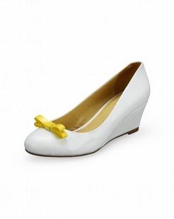 女款白色单鞋