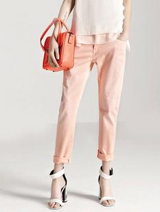 女装粉红色牛仔裤