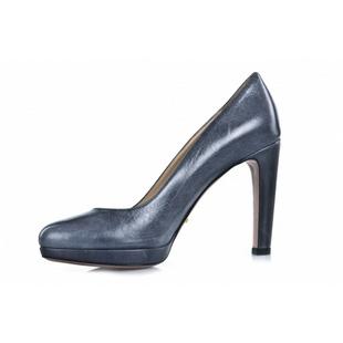 Prada 普拉达小牛皮高跟鞋