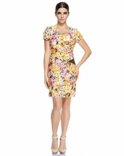 黄色印花短袖连衣裙