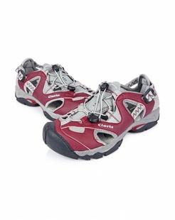 女款暗红色凉鞋