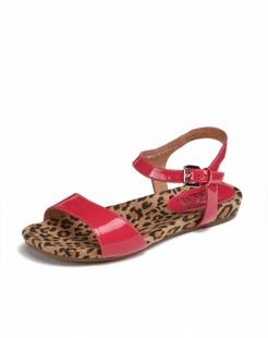 桃红色简约舒适凉鞋