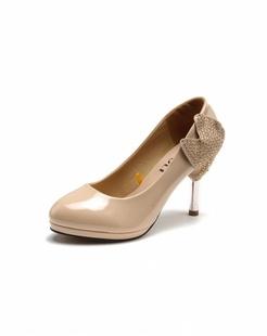女款优雅杏色高跟鞋