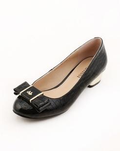 黑色百搭舒适单鞋