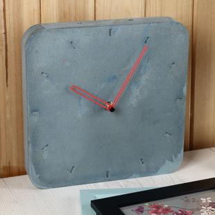 挂钟:COD混凝土的可能 -青绿色