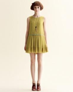 芥黄色甜美宽松无袖背心裙