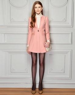 粉红纯色修身大衣