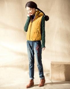 土黄色棉衣
