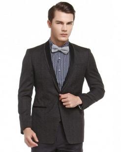 黑灰色经典时尚长袖西服