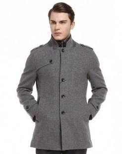 灰色简单时尚长袖大衣