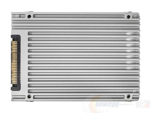 Intel 英特尔 750 系列 SSDPE2MW012T401 2.5英寸 1.2TB PCI-Express 3.0 MLC 固态硬盘