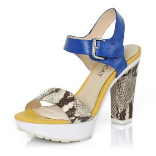 Kiss女凉鞋